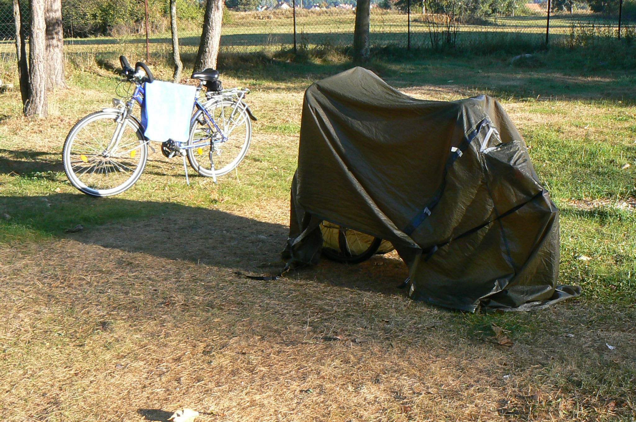 Tent on bike